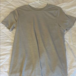 Lululemon grey men's shirt